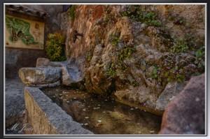 09 Mura fuente con agua